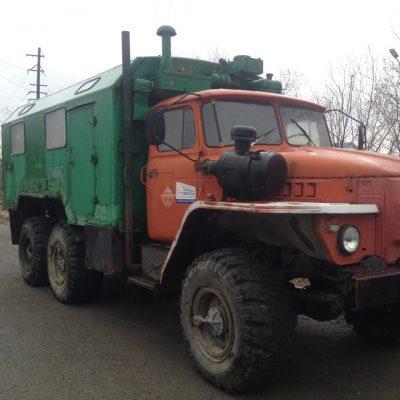 Продаю Урал 55571 кунг